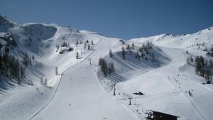 ski-run-466225_1280
